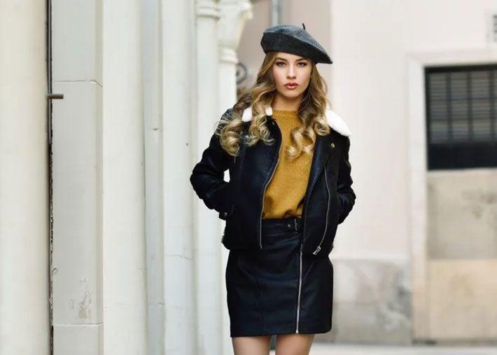 A minissaia preta é o complemento perfeito para qualquer outfit