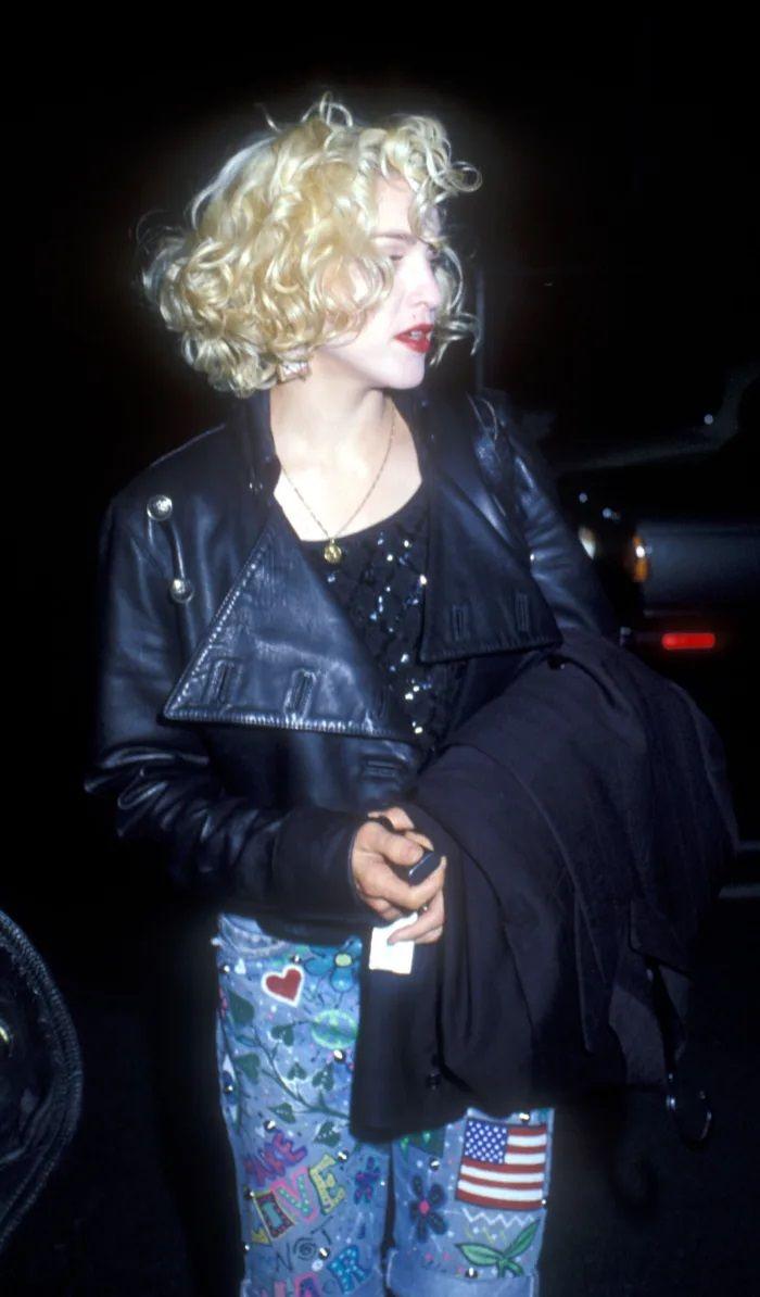 Outfits na história da moda: Madonna em couro e denim