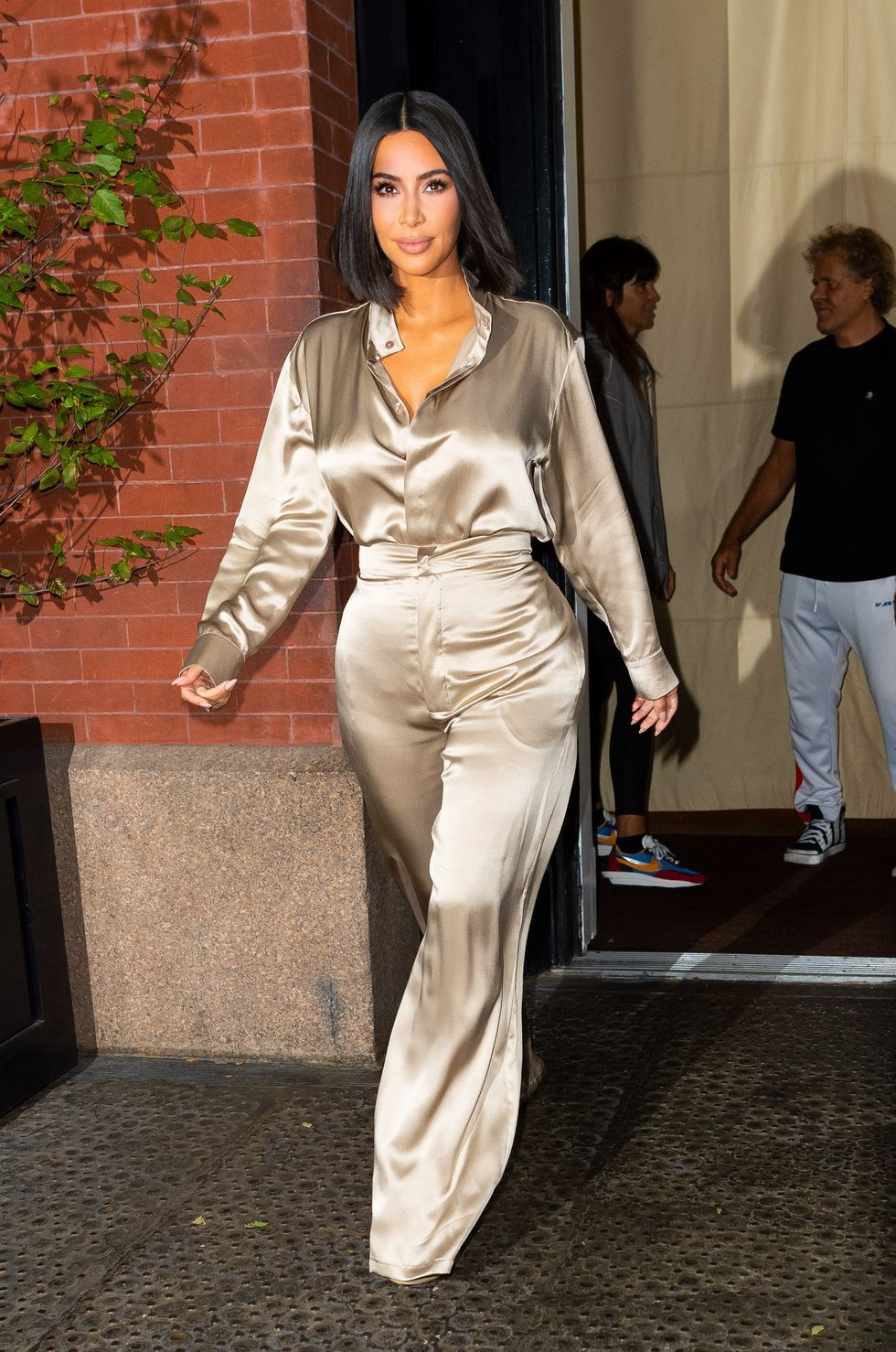 Os melhores looks em retrospectiva de Kim Kardashian