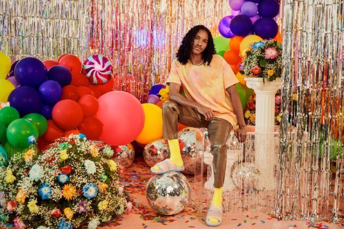 Lil Nas e outros artistas dão a cara por coleção sem género #uggpride