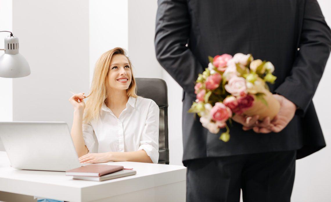 Quais os prós e os contras das relações amorosos no trabalho