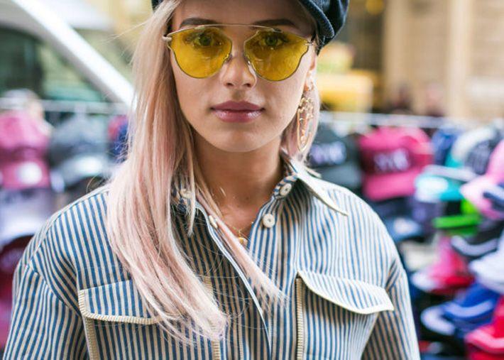 Uma ode à cor no verão: cabelo rosa pálido