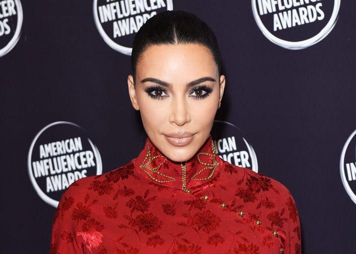 Kim Kardashian admite que o seu vídeo sexual foi a chave para a fama
