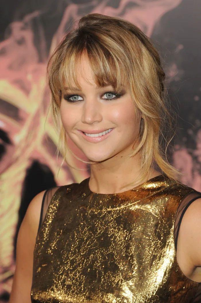 Outfits na história da moda: 2012 - Jennifer Lawrence em Prabal Gurung