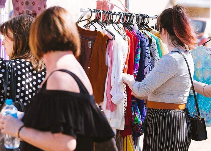 Alugar roupa é solução sustentável? Parece que não