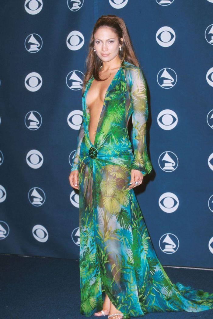 Os 23 vestidos mais polémicos da história das celebridades