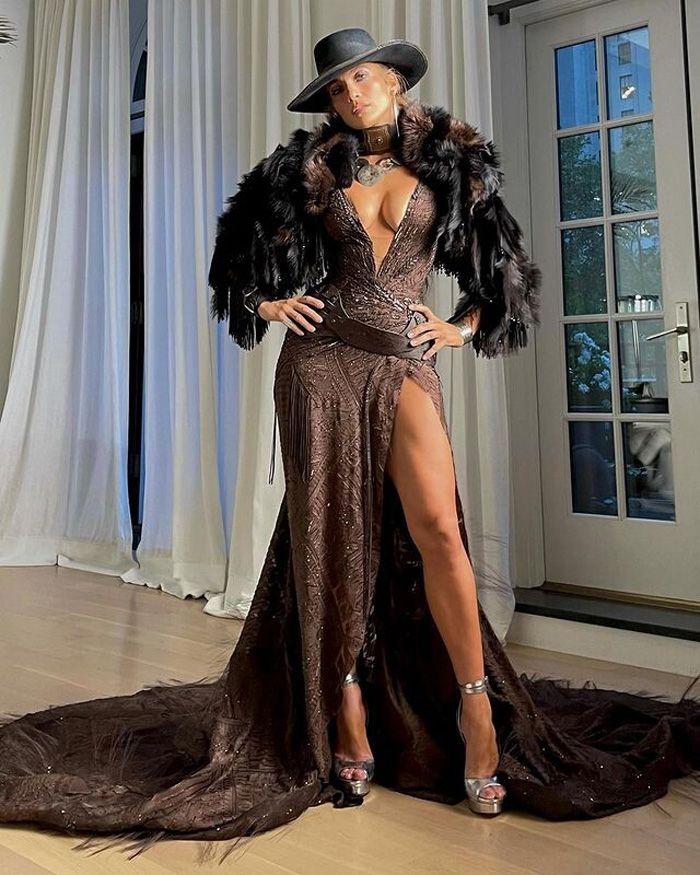 Jennifer López, uma it girl 'cowboy' muito sexy no MET Gala 2021