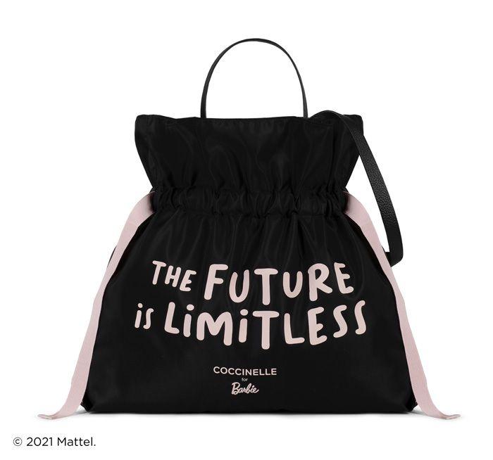 Coccinelle e Barbie juntas acreditam que o futuro é ilimitado