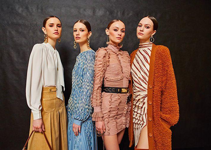 Elisabetta Franchi apresenta a nova coleção Primavera–Verão 2022
