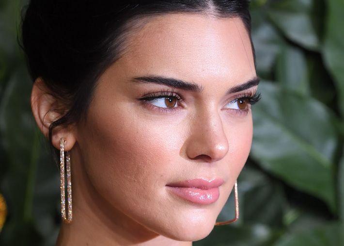 Kendall Jenner assume funções na plataforma Forward